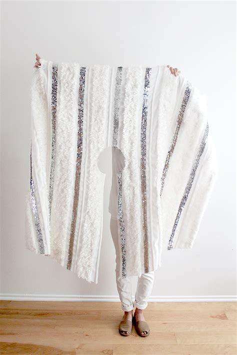 diy  sew moroccan wedding blanket tree skirt