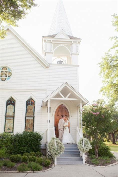 Best 25  Simple church wedding ideas on Pinterest   Church
