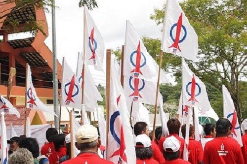 Konon tanpa DAP kerajaan Melayu bagus .....