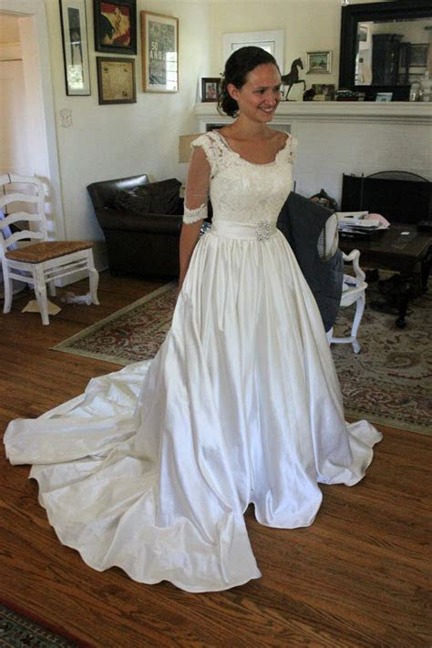 Adding A Lace Overlay To A Strapless Wedding Gown:Thread