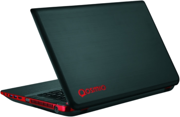 toshiba-qosmio-x70-a-k2s-world-games-closer-raqwe.com-02