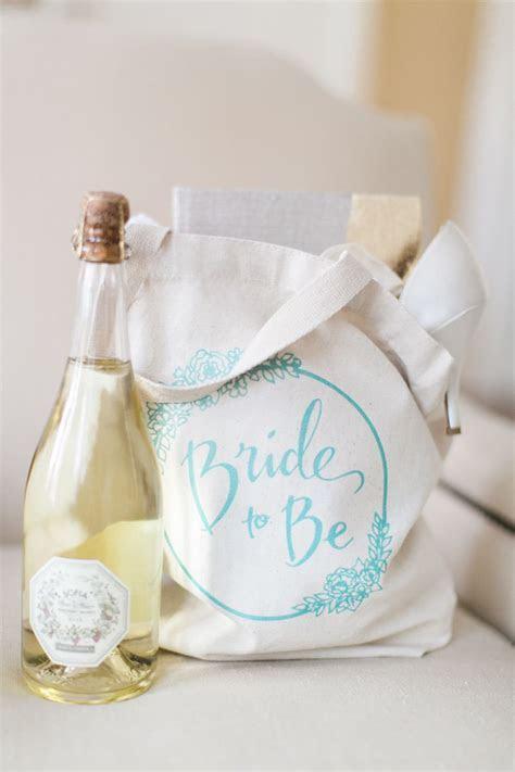 Wedding Dress Shopping Survival Kit in 2019   Weddings