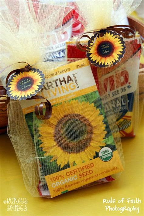 17  best ideas about Sunflower Party on Pinterest