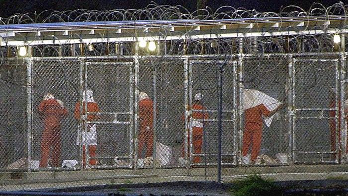 Médicos del Ejército de EE.UU. fueron forzados a autorizar torturas a sospechosos de terrorismo en las prisiones de la CIA e incluso a participar en esas prácticas en violación de la ética profesional, según un informe publicado en 2013.