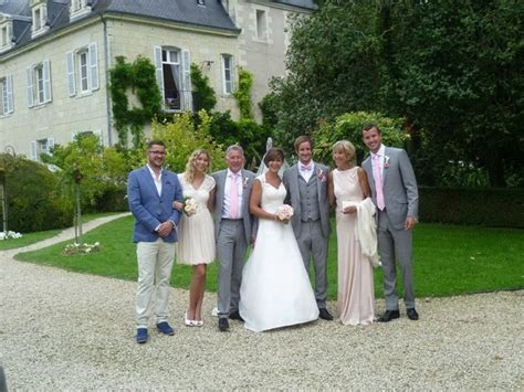 Real Weddings: Naomi and Dan at Chateau Gombardy   Oliver