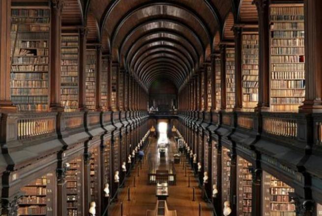 Risultato immagine per libreria antica