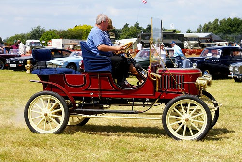 Steam Car from 1908 on flickr.com by Martin Pettitt