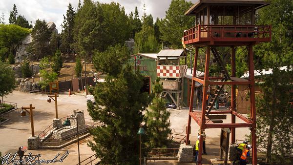 Disneyland Resort, Disneyland, Monorail, Disney California Adventure, Grizzly, Peak, Airfield, Condor, Flats, Refurbishment, Refurb, Refurbish, Humphrey's, Soarin