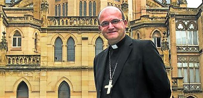 Mons. Munilla: «La familia educa mucho mejor que el Estado»