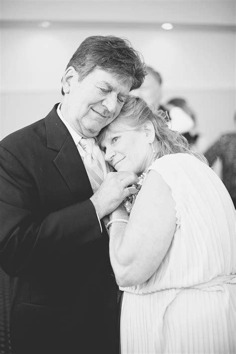 Founders Inn Wedding   Virginia Beach Wedding Photographer
