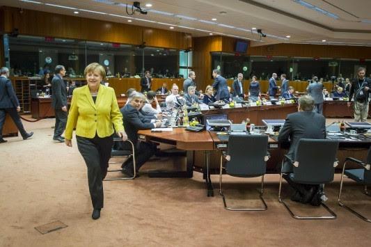Βόμβα από τη Γερμανία: Ανέβαλαν την εκταμίευση της δόσης για την Ελλάδα