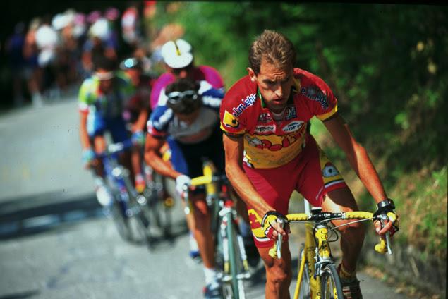 http://bikeraceinfo.com/images-all/giro-images/history/1999-Gotti-sul-Mortirolo.jpg