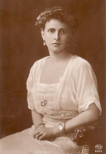 File:1885 Alice.jpg