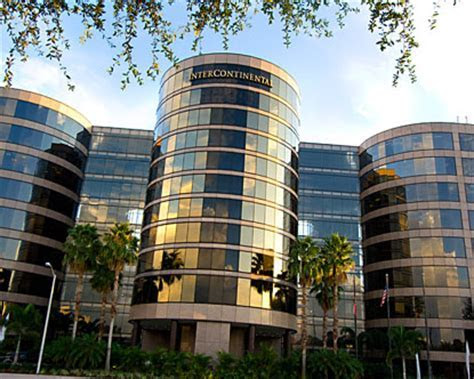 Raymond James Stadium Hotels   Hotels near Tampa Bay