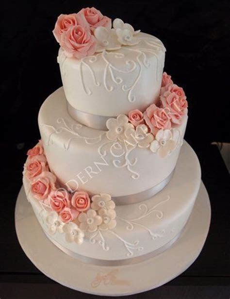 Modern Cake Art   Wedding Cakes Ballarat West   Easy Weddings
