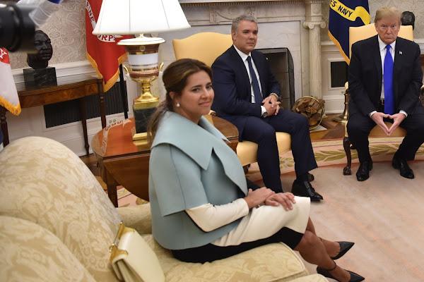 7f8f804dea El  look  de la Primera Dama en su visita a la Casa Blanca