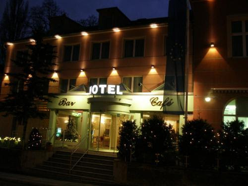 Review Hotel Schild
