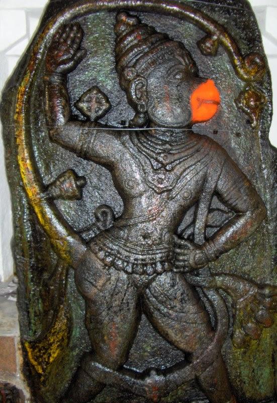 Kempamma Devi & Aanjaneya (Hanuman) Temple - Bajagur, Tiptur