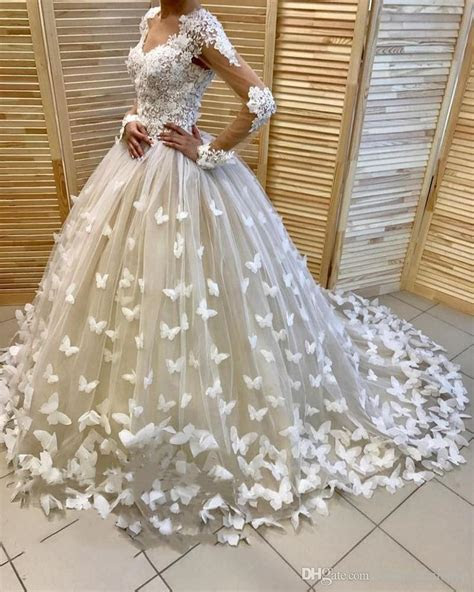 2018 New Designer Top Quality Wedding Dresses Ball Gown