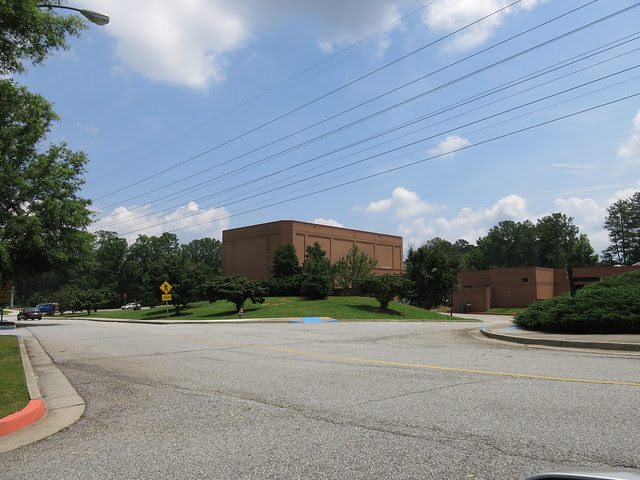 IMG_1613-2013-06-29--Spivey-Hall-view-of-street-facade-brick-Clayton-State-University-distant