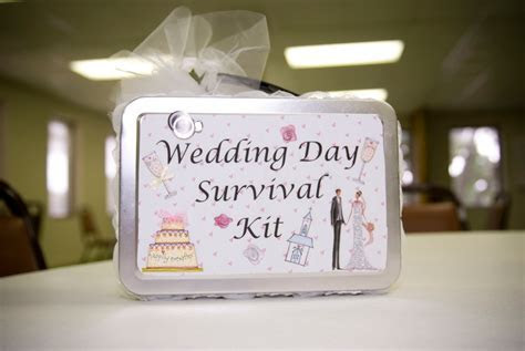 Top 10 Best Bridal Shower Gift Ideas on Wedding Invitation