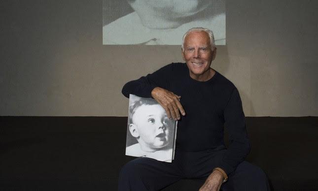 Giorgio Armani lança sua autobiografia em Milão