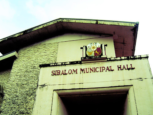 Sibalom, Antique Town Hall