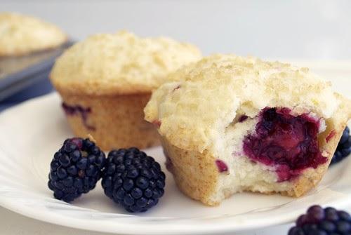 Le Petit Ogre: Lemon Ricotta Blackberry Muffins