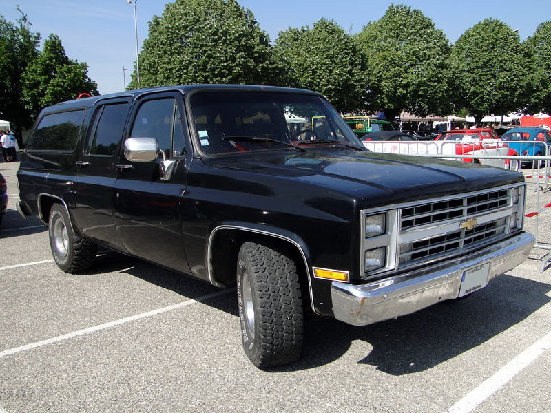 1987 Chevrolet Suburban - Information and photos - MOMENTcar