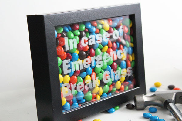 Emergency Chocolate Craft – In Case of Emergency Break Glass by 30 Minute Crafts