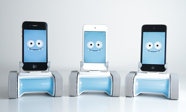 Romo's return the cute little smartphone robot wants to steal your heart again