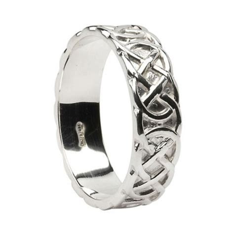 Silver Round Celtic Knot Wedding Ring