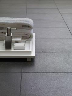 Houten poorten: Badkamer tegels antislip maken