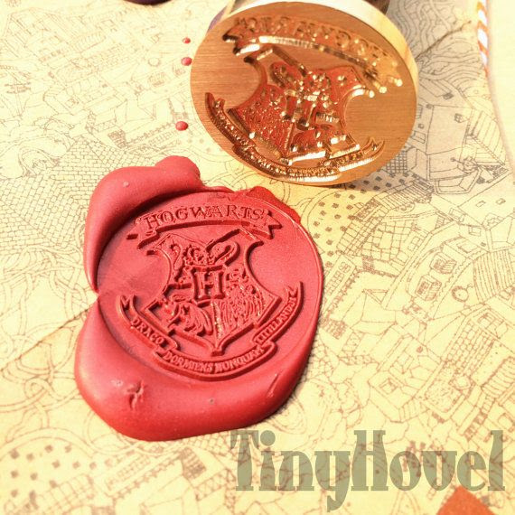 20 OFF 1 pc The hogwarts crest harry potter by TinyHovel
