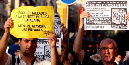 Hospitales catalanes bajo mínimos: comienzan los 'despidos' y las altas médicas anticipadas