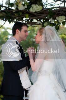 chelsea clinton,vera wang,wedding gown