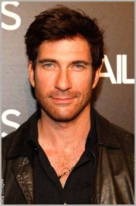 Guaranteed the sexiest 50 year old man in the world. Hello there, Dilf.
