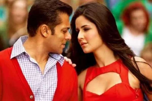 Salman Khan did this when Katrina Kaif arrived on stage: Video Viral