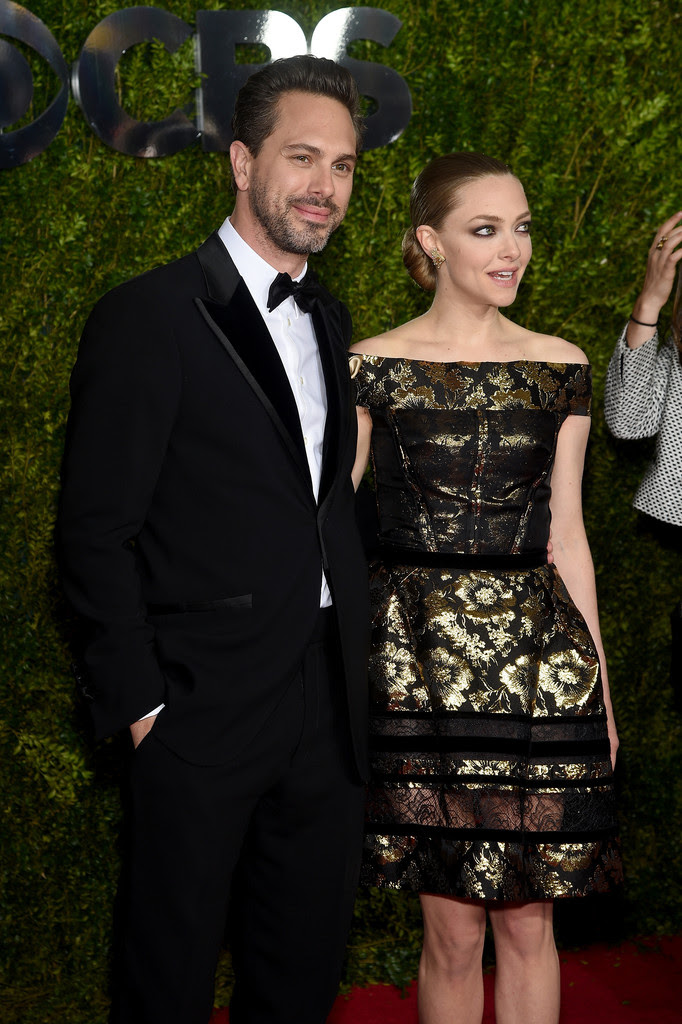 http://www3.pictures.zimbio.com/gi/Amanda+Seyfried+2015+Tony+Awards+Arrivals+hd0VyhxzV86x.jpg