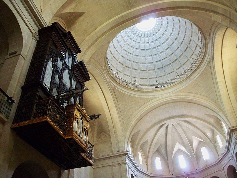 Orgue i cúpula de la cocatedral de sant Nicolau, Alacant.JPG