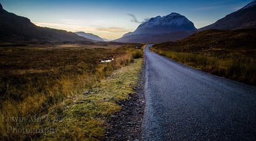 Liathach, Glen Torridon by LewisMackenziePhotography