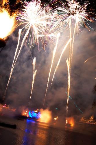Disney Fireworks - 06.01.09 (55 of 58)
