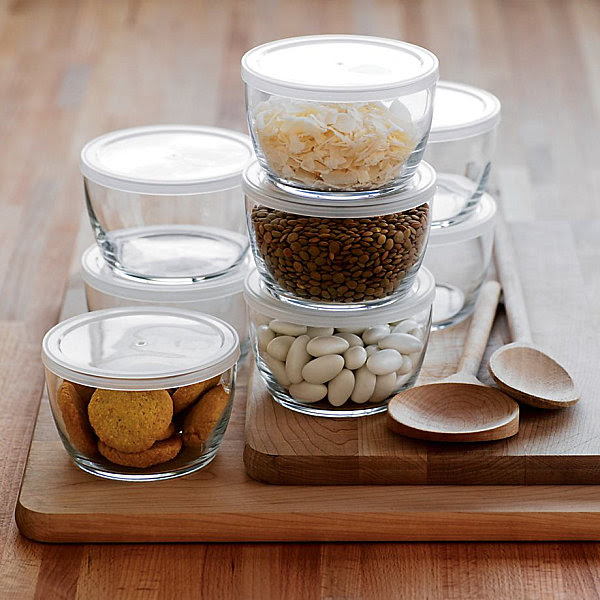Glass food storage bowls with BPA free lids Stylish Food Storage Containers for the Modern Kitchen