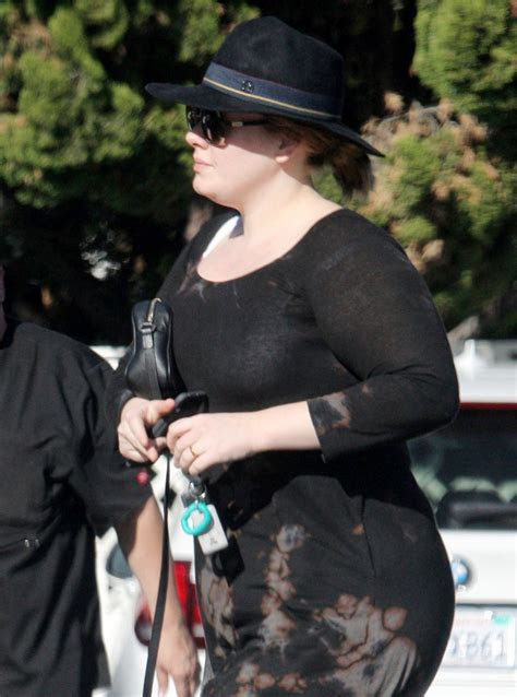 Adele Is Wearing a Suspicious Gold Band on Her Wedding