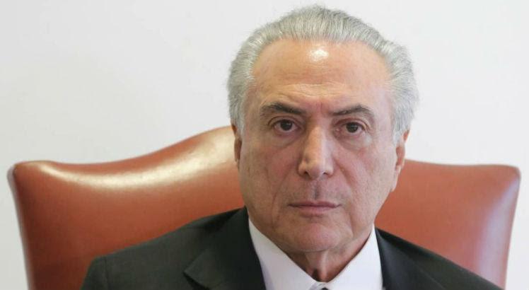 Temer se pronunciou após o memorando escrito em 1974  / Eraldo Peres/AP