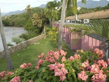 Review Hotel Guadaira Resort