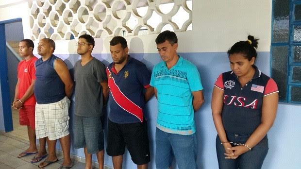 Suspeitos de assalto a banco foram detidos em São Miguel dos Campos e Arapiraca (Foto: Derek Gustavo/G1)