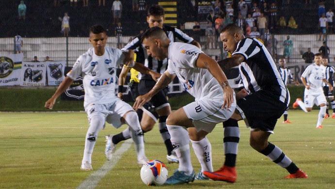 ABC x Botafogo-PB amistoso Bruno Furlan (Foto: Augusto Gomes/GloboEsporte.com)