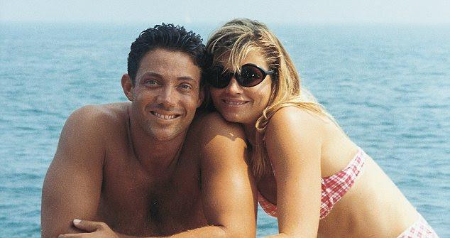 <font> <font> Glamour: Belfort, en la foto de Con do Segunda Esposa Nadine, ja Estado Pasando Tiempo estafa Di Caprio </ font> </ font>
