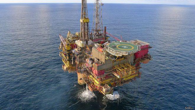 Plataforma Brent Delta de la compañía Shell en el campo petrolero del Mar del Norte